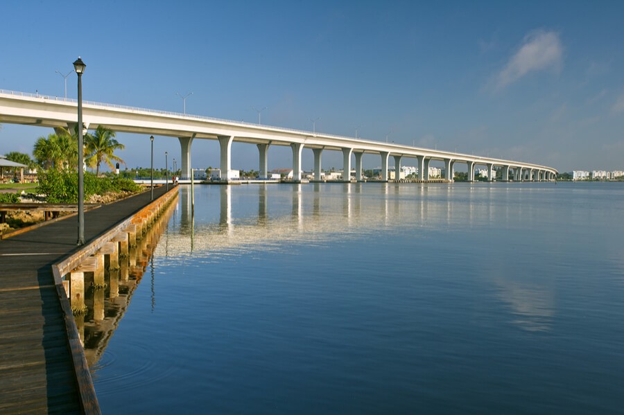 roosevelt bridge in Stuart, Florida